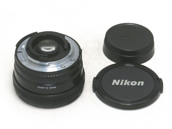 nikon_af_20mm_d_b