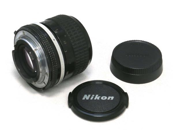 nikon_ai_nikkor_85mm_02