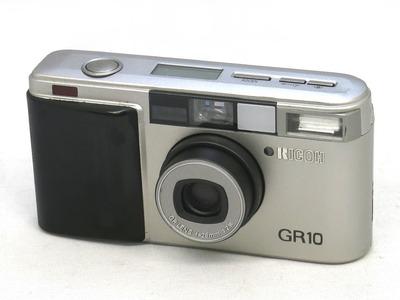 ricoh_gr10_silver_a