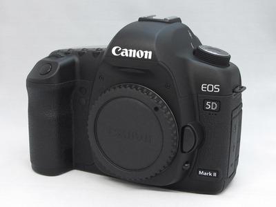 Canon_EOS-5D_Mark�_a