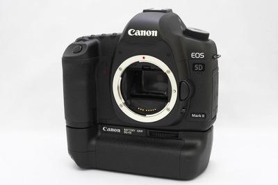 Canon_5D_MarkII_BG-E6