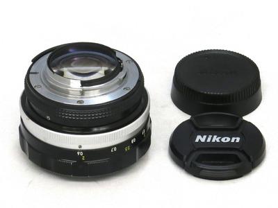 nikon_auto_nikkor_55mm_b