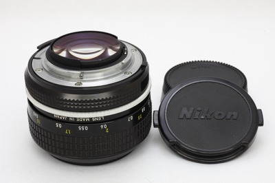 nikon_new_nikkor_50mm_ai_b