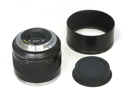 carl_zeiss_planar_85mm_ze_c