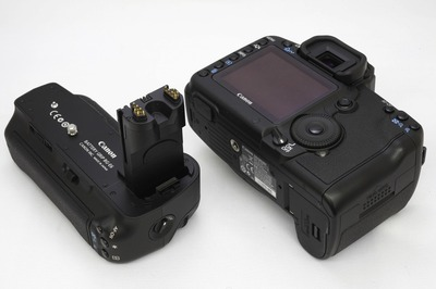 Canon_5D_MarkII_BG-E6_b