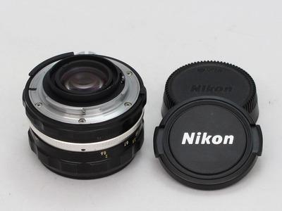 nikon_auto_nikkor-hc_50mm_b