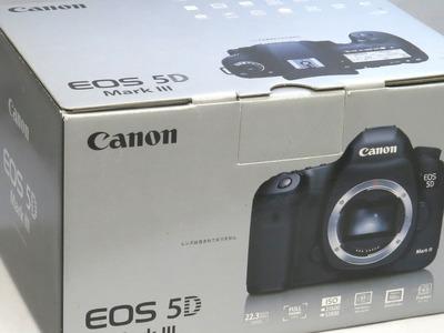 canon_eos_5d_markiii_e
