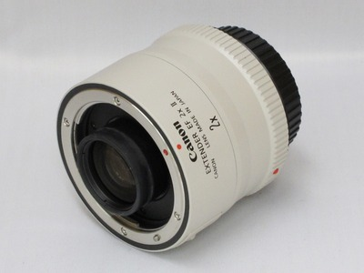 canon_ef_extender_2x_II_01