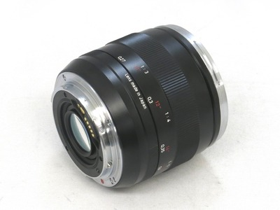 carl_zeiss_makro-planar_50mm_ze_b