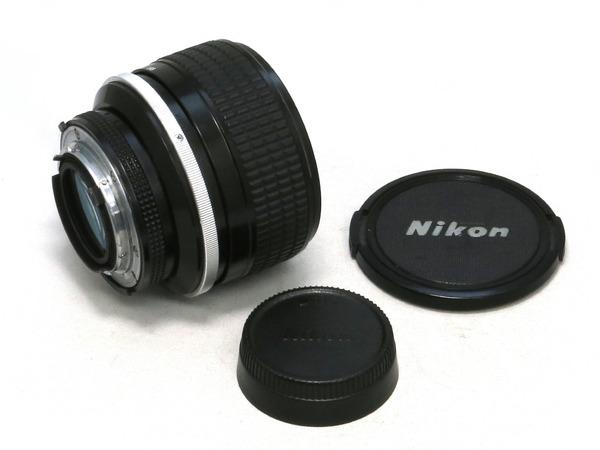 nikon_ai-s_nikkor_85mm_b