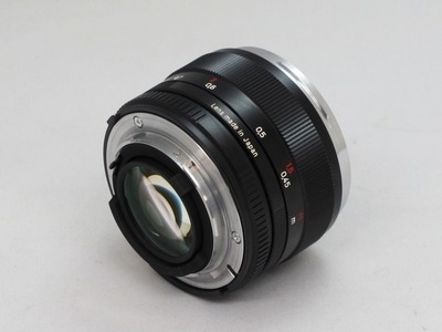 carl_zeiss_planar_50mm_zf_b