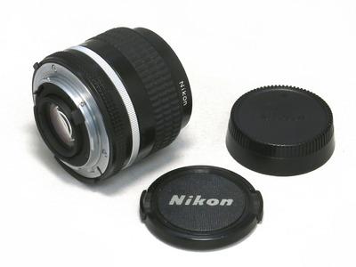 nikon_ai-Snikkor_35mm_b
