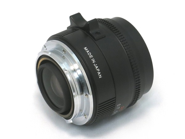 konica_m-hexanon_35mm_b