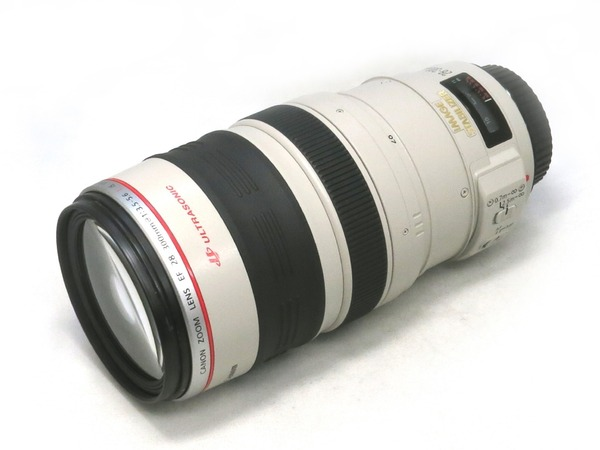 canon_ef_28-300mm_is_usm_a