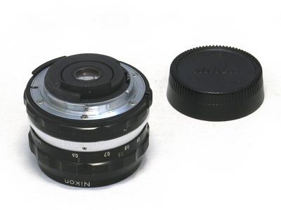 nikon_auto_nikkor_28mm_b