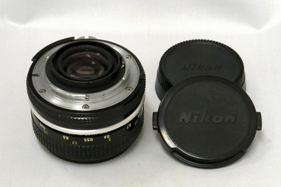 nikon_new_nikkor_50mm_b