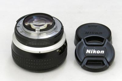 nikon_ai-s_noct-nikkor_58mm_b