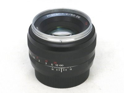 carl_zeiss_planar_50mm_ze_a