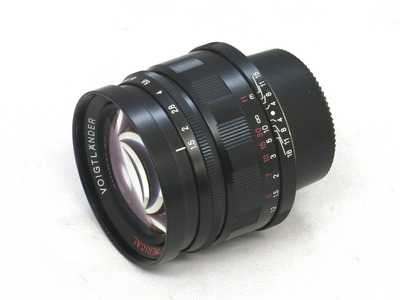 voigtlander_nokton_50mm_black_a