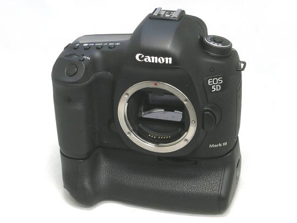 canon_eos_5d_mark_iii_bg-e11_a