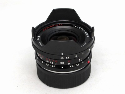 voigtlander_super_wide-heliar_15mm_vm_a