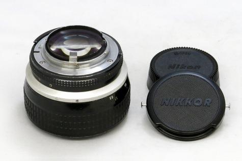 nikon_ai-s_noct_nikkor_58mm_b