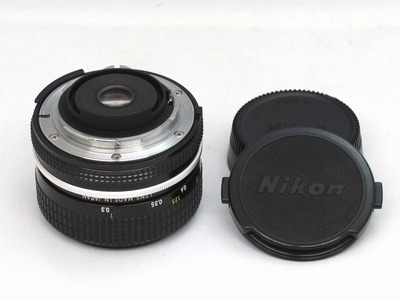 nikon_new_nikkor_28mm_b
