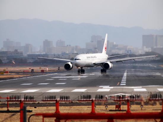 エアフロントオアシス付近で飛行機