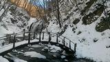 雪の浅間大滝