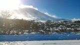 雪の浅間山