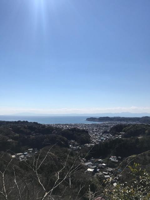 絹張り山風景