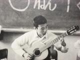 自画像ギター1