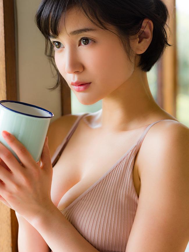 出口亜梨沙 グラビア (38)
