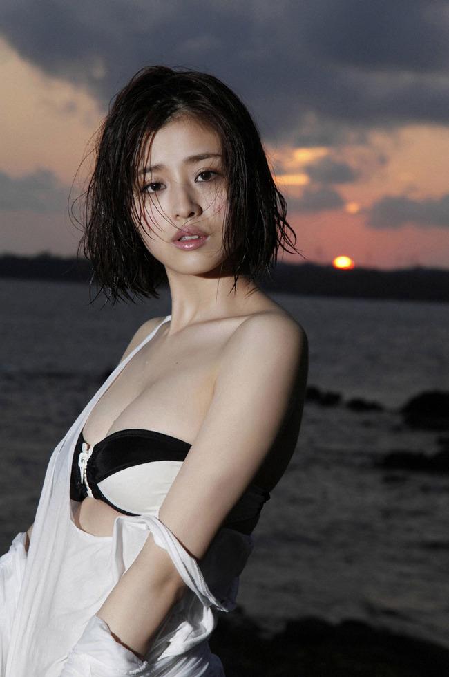 鈴木ちなみ 巨乳 エロ (12)