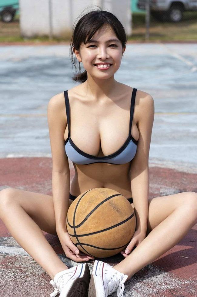 寺本莉緒 グラビア (24)
