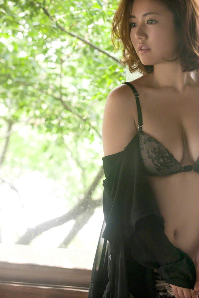 isoyama_sayaka (8)