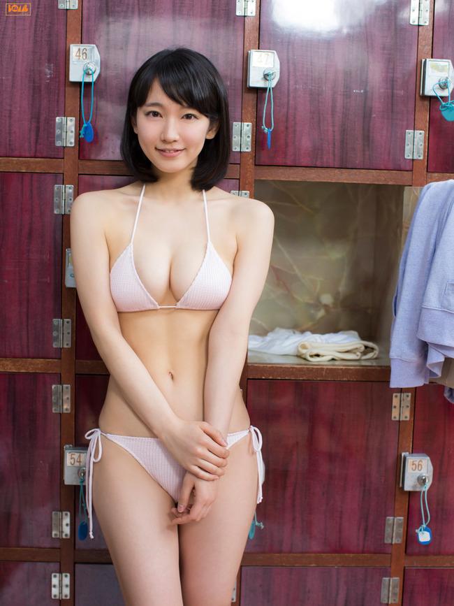 吉岡里帆 かわいい グラビア画像 (15)