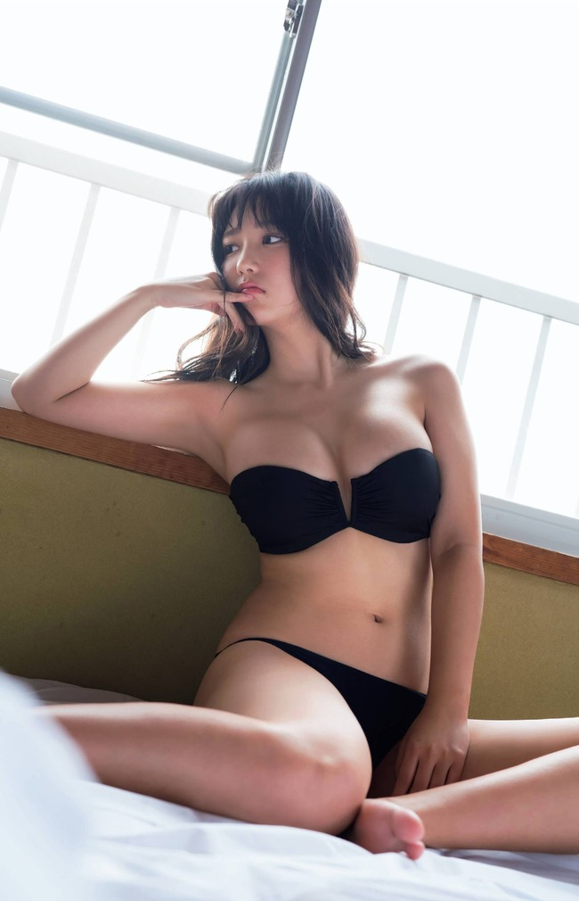 沢口愛華 グラビア画像 (30)