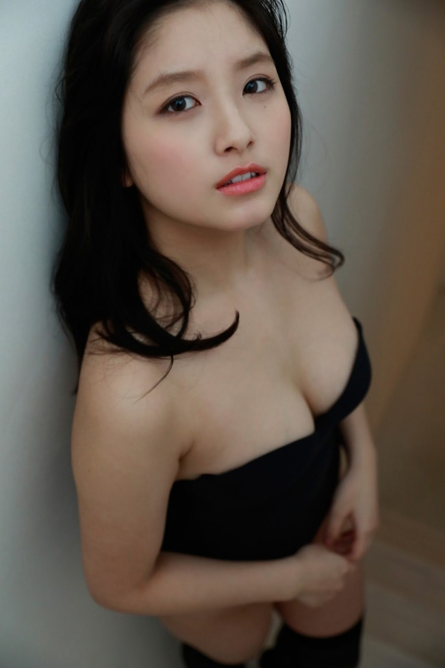 大和田南那 グラビア (17)
