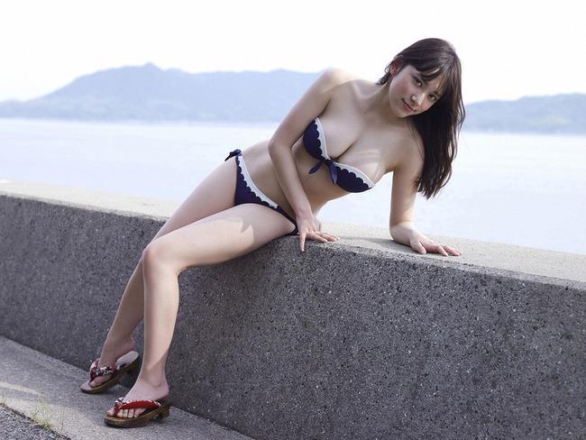 都丸紗也華 グラビア (30)