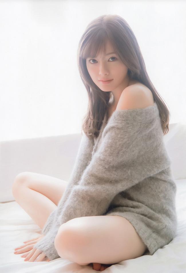 白石麻衣 かわいい グラビア画像 (2)