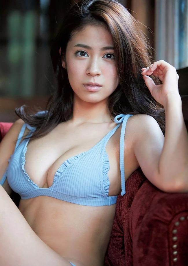 澤北るな 美人 巨乳 (4)