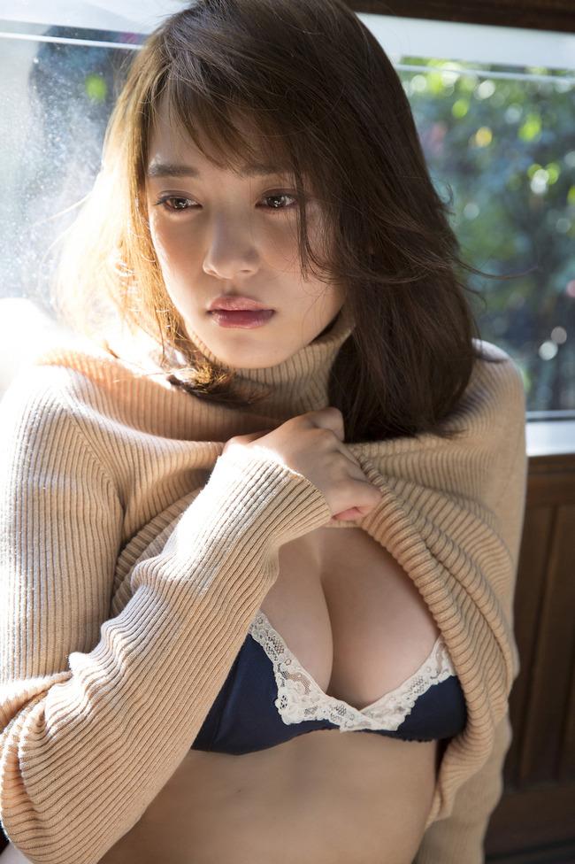 都丸紗也華 巨乳 グラビア画像 (5)