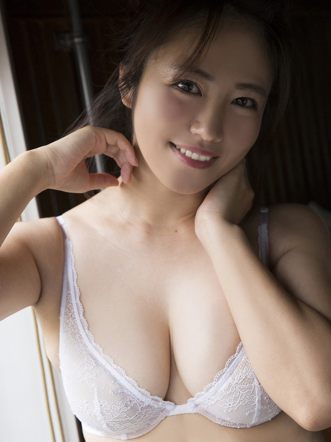 磯山さやか グラビア (6)