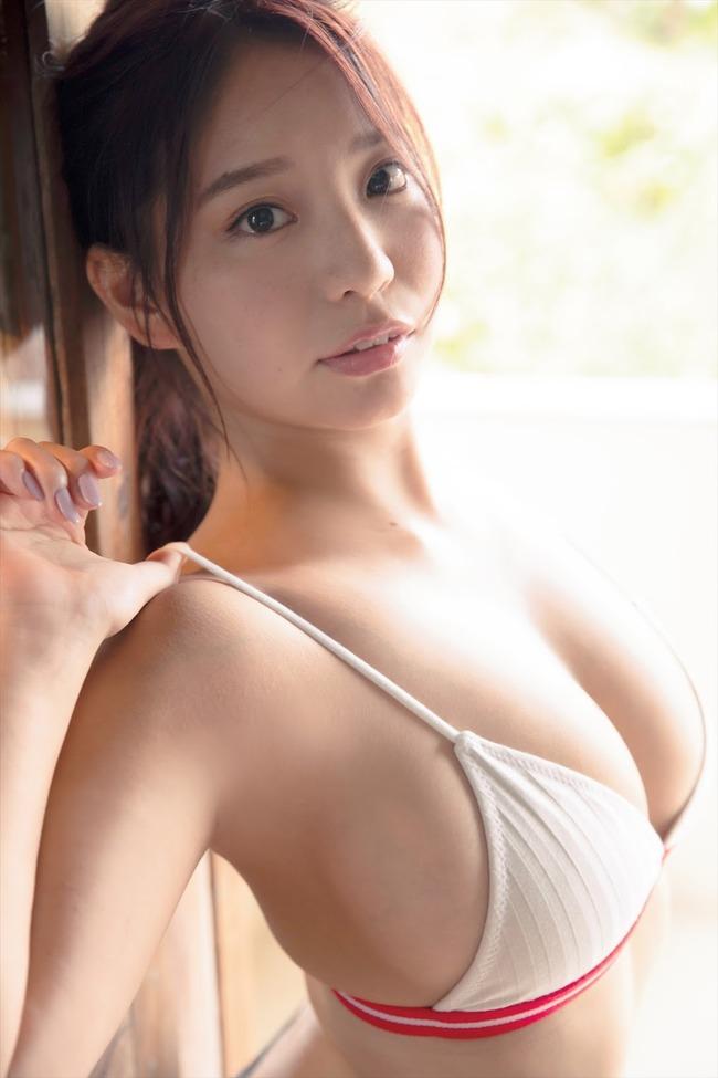 久松かおり Hカップ グラビア画像 (26)