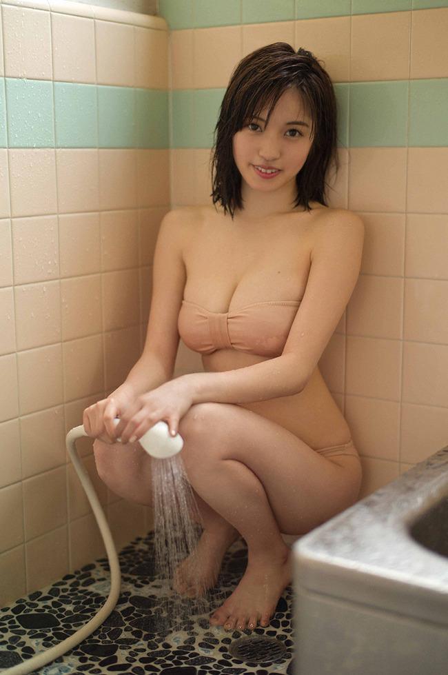 MIYU 巨乳 グラビア (26)