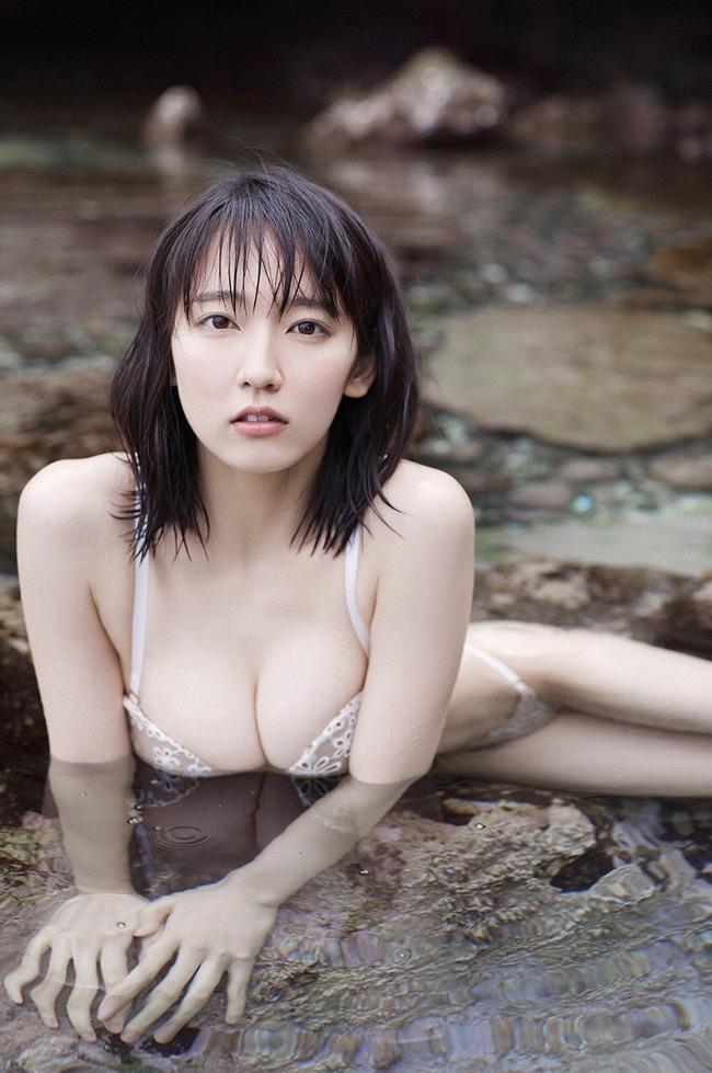 吉岡里帆 かわいい グラビア画像 (28)
