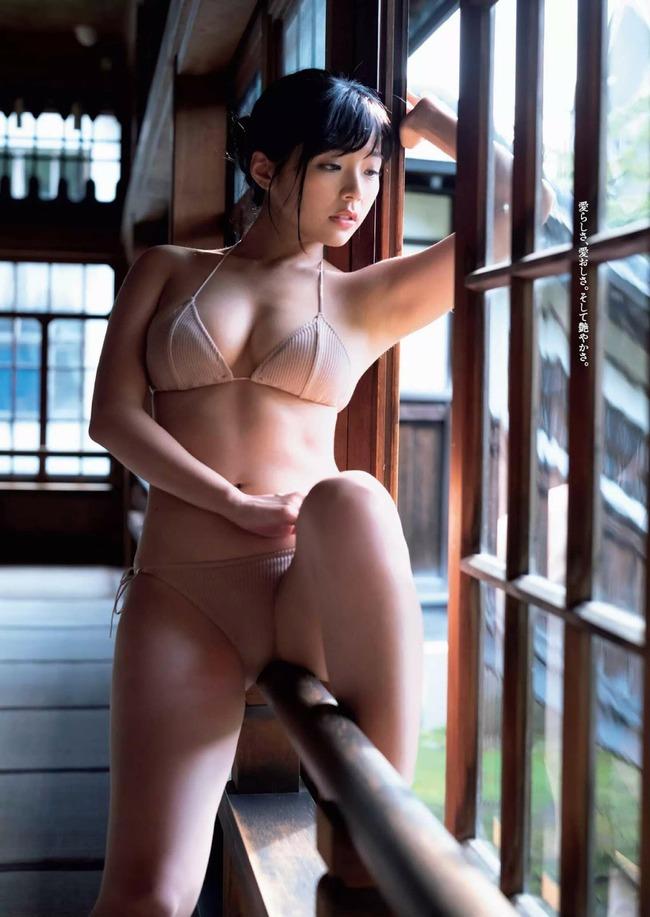 川村那月 Gカップ グラビア画像 (6)
