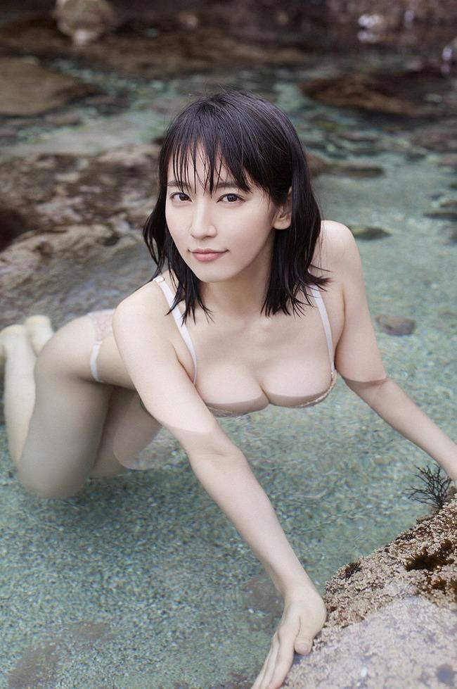 吉岡里帆 かわいい グラビア画像 (27)