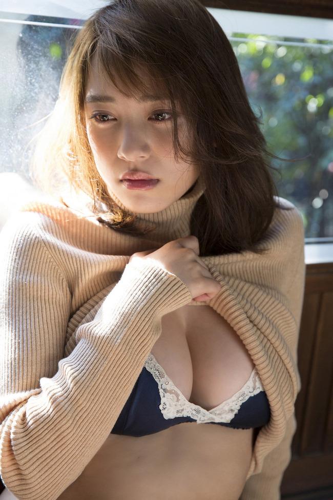 都丸紗也華 Fカップ グラビア画像 (20)